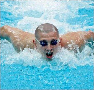 Новость на WellNews: Пловец плыл к медали, едва не теряя сознание