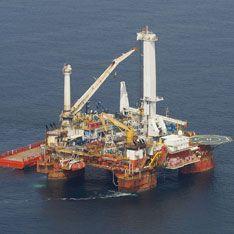Черное море запахло нефтью