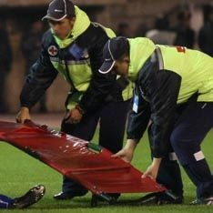 Футболист впал в кому после матча