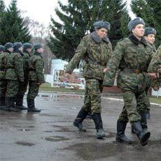 Офицер сбил насмерть двух солдат