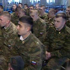 Призывников будут водить в армию за ручку