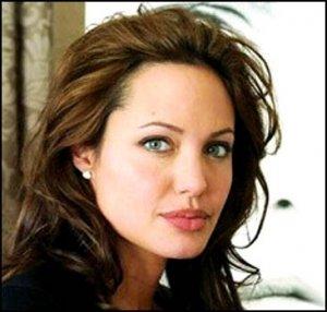 Анджелина Джоли: Я никогда не скрывала своей бисексуальности