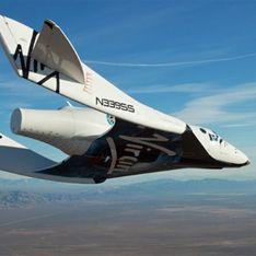 Космический корабль для туристов взмыл над пустыней