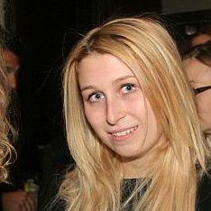 Дочь Абрамовича обручилась с адвокатом