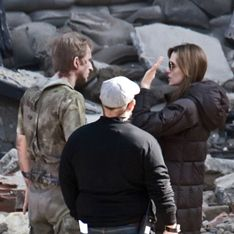 Анджелину Джоли прогнали из Боснии