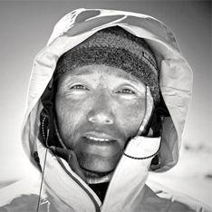 Покоритель Эвереста сгинул в Гималаях