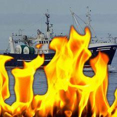 У берегов Великобритании загорелось судно с россиянами