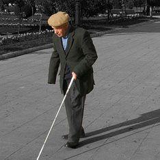 Слепых спасет искусственный глаз