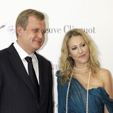 Депутат бросил жену ради Ксении Собчак