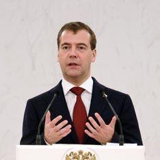 В борьбу Собянина ввязался Медведев