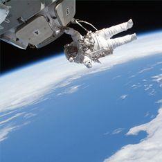 Космонавтов с МКС могут сбить зенитные ракеты