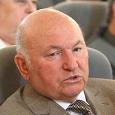 За Лужкова вступились ветераны и избранники