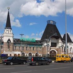 На площади трех вокзалов избили автоинспекторов