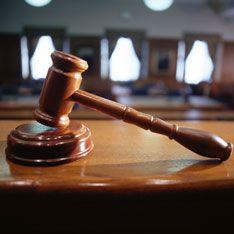 Молдавский парламент распустили в судебном порядке
