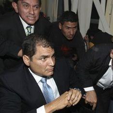 Президента Эквадора эвакуировала армия