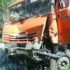 """В Казахстане столкнулись два автобуса и два """"КамАЗа"""""""