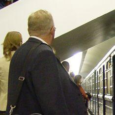 На Сокольнической линии встали поезда