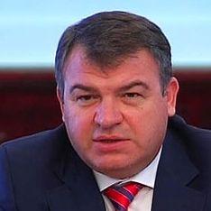 СМИ отправили Сердюкова в отставку