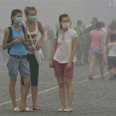 Россияне страдают от последствий жары и смога