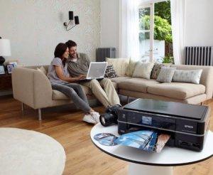 Компания Epson представила компактное сетевое МФУ Epson Stylus Photo PX720WD