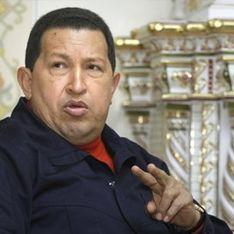 Армия Чавеса захватила семь заводов