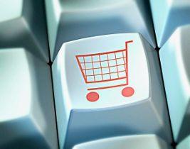 Онлайн-шопинг: россияне скупают авиа- и ж/д билеты и платят за услуги связи