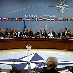 НАТО предлагает России обороняться вместе