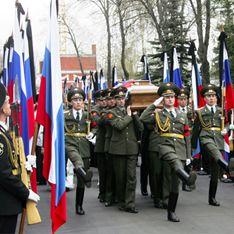 Черномырдина похоронят, как Ельцина