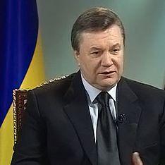 Янукович показательно убрал генпрокурора