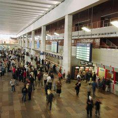 Столичные вокзалы прочесали в поисках бомб