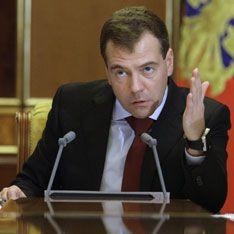 Медведев не даст заткнуть рот журналистам