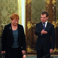 Медведев решил облегчить участь мигрантов