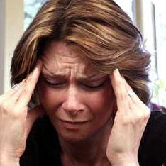 Победить мигрень помогла подтяжка бровей