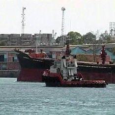 Грузия задержала корабль с россиянами