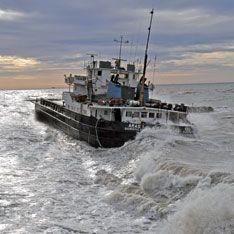 В Северном море терпят бедствие российские моряки