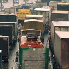 Запрещенные грузовики взорвут столичные цены