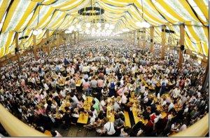 """Стартует 200-й фестиваль пива """"Октоберфест"""""""