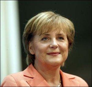 Меркель принимает в Берлине Путина